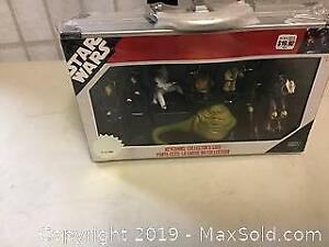 Star Wars key chains collector case sealed