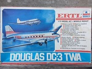 ERTL Douglas DC-3 TWA Airliner Model Kit  1/72....ready to build