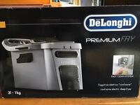 De'Longhi Coolzone Fryer with Easy Clean System F34512CZ, New, Boxed , Unused