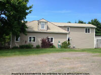 COTTAGE COUNTRY! NICE HOME OR COTTAGE IN TIDNISH!