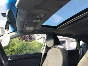 2014 Hyundai Accent GL Hatchback with Sunroof