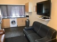newly developed rooms in 3 bed apt, rooms available seperately, Ormskirk town centre, new furniture