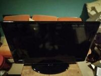 "Full HD 40"" Flatscreen EVOTEL LCD TV with stand"
