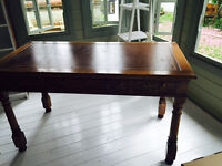 Beautiful antique writing desk w leather top