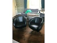 A GREAT LOOKING PAIR OF VINTAGE LEATHER ARMCHAIRS IN NICE PRE-LOVED CONDITION FREE LOCAL DELIVERY