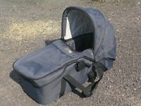 Mountain Buggy Swift Carry Cot & rain cover