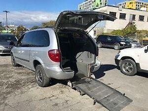 2005 Dodge Grand Caravan ADAPTE POUR HANDICAPE