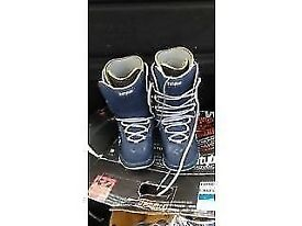 THRITYTWO ADVANCED X SNOWBOARD FOOTWEAR