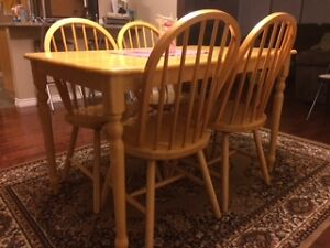 Dining room table with 4 chairs Regina Regina Area image 2