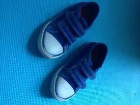 Tu blue / white canvas trainers, size 8