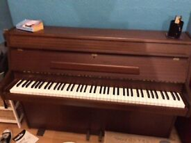 Ideal for Xmas Zenden Piano for Sale Huntingdon £200 PE29