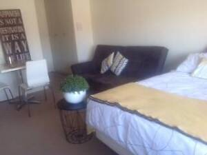 STUDIO  87 - FULLY FURNISHED * NO BILLS TO PAY Toorak Stonnington Area Preview