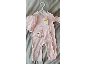 Brand new with tags girls 2 piece suit. 3-6 months