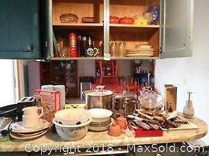 Assortment of Kitchen Items A