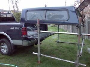 truck canopy stand