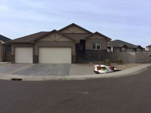 248 Hamptons Way SE - $528,900.00
