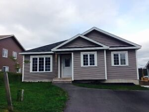 Available April 1st 3 bdrm main floor house in Paradise