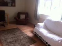 REDUCED !! 2 bedrooms to let in a 4 bed room flat .... Just a few minutes walk from Northumbria Uni