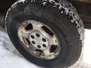 4 COOPER DISCOVERER, SNOW TIRES AND RIMS