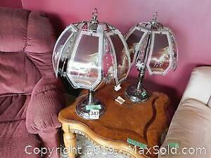 2 Lamps With White Stallion Motif A