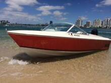 Haines Hunter V16R - Great fishing or family boat Biggera Waters Gold Coast City Preview