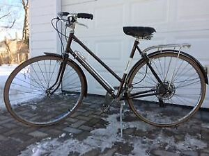"""Raleigh """"Sprite"""" bicycle. Woman's. Suitable for town use. VGC."""