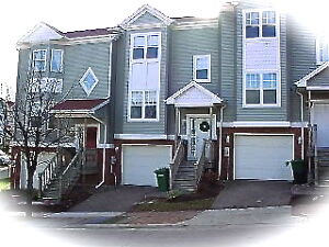 3 BEDROOM 2 STOREY EXECUTIVE CONDO TOWNHOUSE DOWNTOWN -AUGUST 1