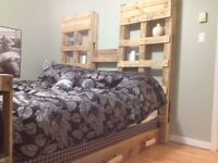 costom RUSTIC recycling pallets furnature table,bed,wine rack...