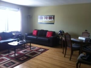 SEPT 1 - SPACIOUS TWO BDRM ON WINDSOR STREET, NEAR QUINPOOL ROAD