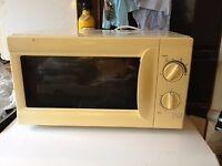 Microwave medium size Hinari Life Style 800W Southbourne