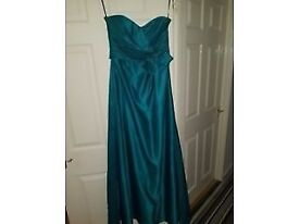 Size 8-10 long dress for sale for £30