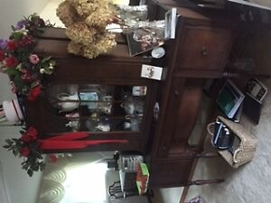 Antique buffet and hutch Peterborough Peterborough Area image 4