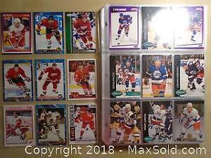 198 Collectible Hockey Trading Cards including Sleeves