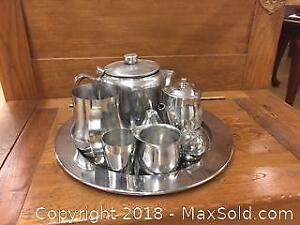 8 Piece Stainless Steel Set