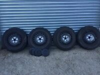 """Set of 4 16"""" VW Transporter wheels with centre caps"""