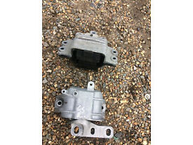 vw golf mk5 or 6 engine mounts low milage supplied and fitted call parts thanks