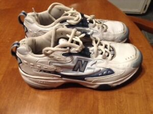 New Balance Sneakers (Women's, size 8)
