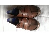 Size 5 Brown Leather Clarks Walking Shoe