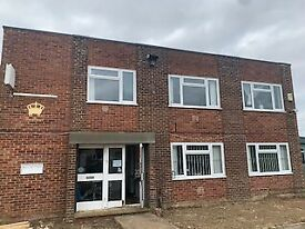 To rent: £700.00 | 90sqm / 968 Sqf| Offices option of Ground or First floor