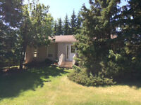 Tranquil Acreage,  Minutes to St Albert or Anthony Henday