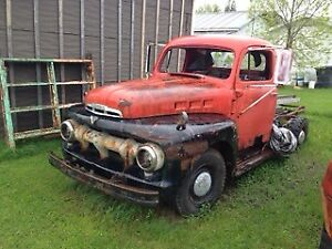 Ford 3/4 ton  black & red