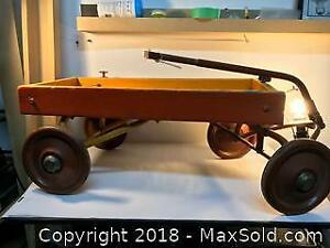 ANTIQUE CANADIAN TIRE KID'S WAGON