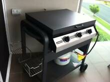 As New 3 Burner Barbecue with Gas Bottle Sandgate Brisbane North East Preview