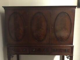 Antique vintage mahogany drinks cabinet sideboard