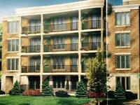 Brand New Lux Condo 5 Min from Downtown Oakville: Move in ASAP
