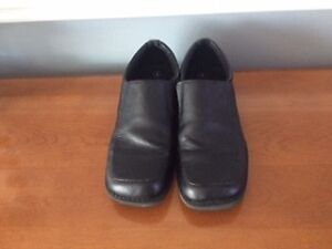 Youth Size 4 dress shoes