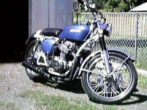 1972 Honda CB 750 CB750 with White Frame