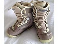 Womans Salomon Soft Snowboard Boots - Used once - Unmarked as new - UK4.5