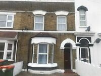 IMACCULATE MID TERRACE HOUSE BOASTING FOUR BEDROOMS 3 RECEPTIONS A MUST SEE!!