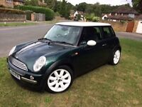 Stunning Mini Cooper in Racing Green. New MOT to 8-2018. Only selling because of moving abroad!
